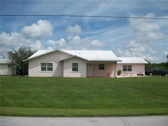 1021 James C Rd, Moore Haven, FL 33471