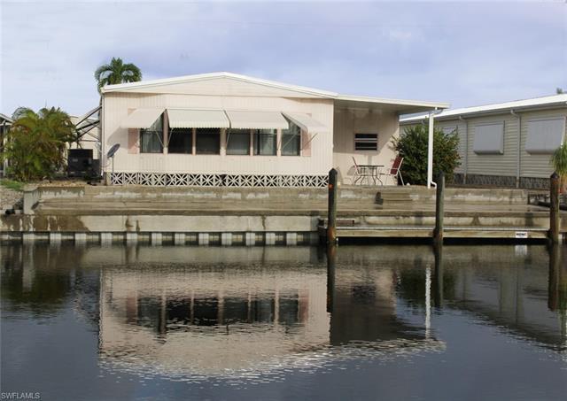3068 Bowsprit Ln, St. James City, FL 33956