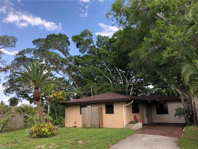 1660 Kensington Ct, Fort Myers, FL 33907