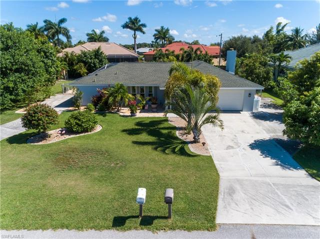 841 Sw 22nd Ter, Cape Coral, FL 33991