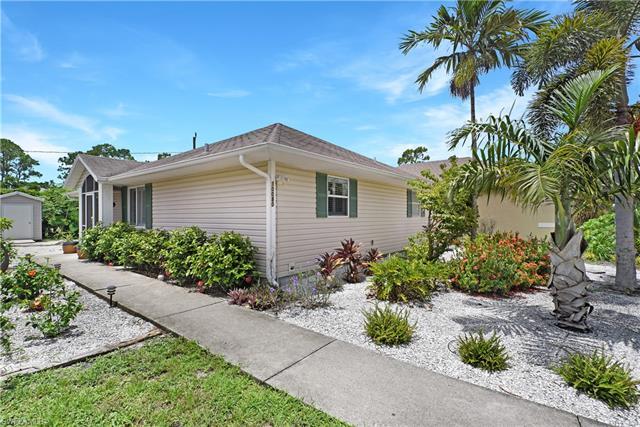 10080 Carolina St, Bonita Springs, FL 34135