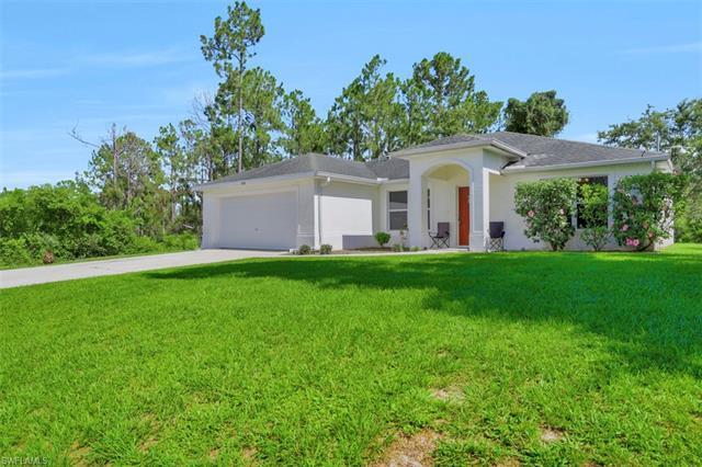 1036 Camden St E, Lehigh Acres, FL 33974