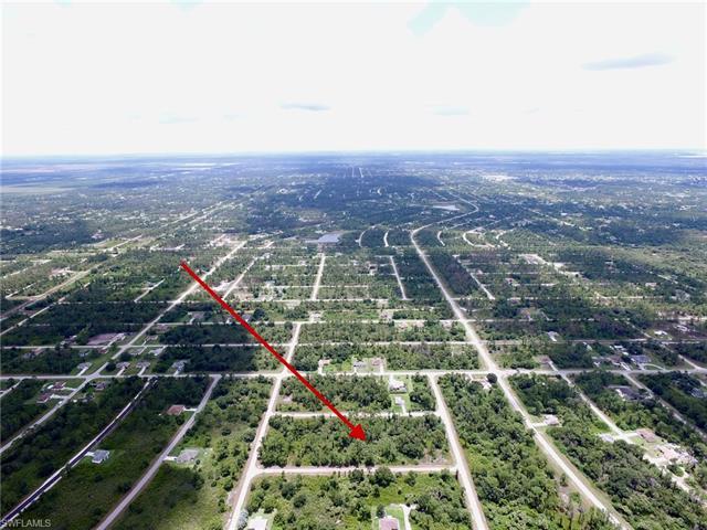 1018 Bach St E, Lehigh Acres, FL 33974