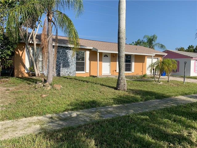 1121 Lovely Ln, North Fort Myers, FL 33903