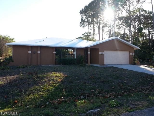 18261 Apple Rd, Fort Myers, FL 33967