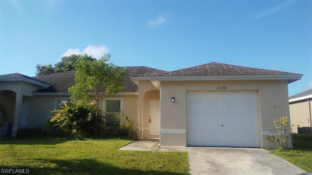 2228 Ne 6th St, Cape Coral, FL 33909