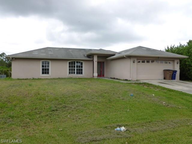 827 Alvin Ave, Lehigh Acres, FL 33971