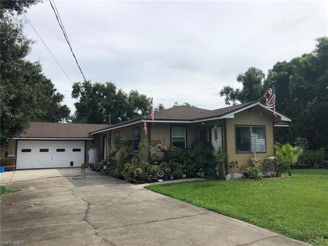 10850 Sandin Rd, Fort Myers, FL 33905