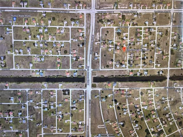628 Ne 1st Ave, Cape Coral, FL 33909