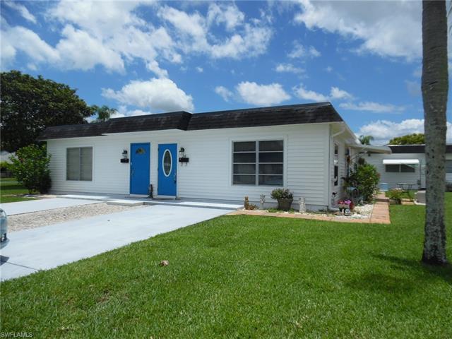 26 Hamlin Ct, Lehigh Acres, FL 33936