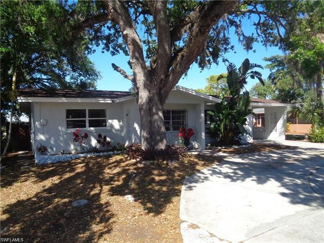 1924 Fountain St, Fort Myers, FL 33916
