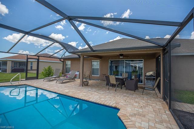 2109 Ne 4th Ave, Cape Coral, FL 33909