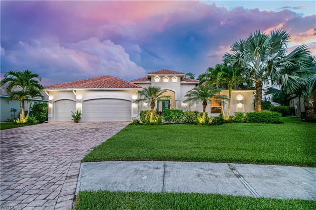 890 Palmetto Pointe Cir, Cape Coral, FL 33991