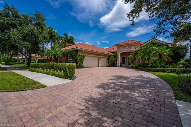5053 Rustic Oaks Cir, Naples, FL 34105
