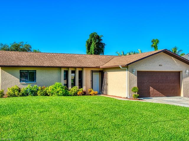 8456 Pittsburgh Blvd, Fort Myers, FL 33967