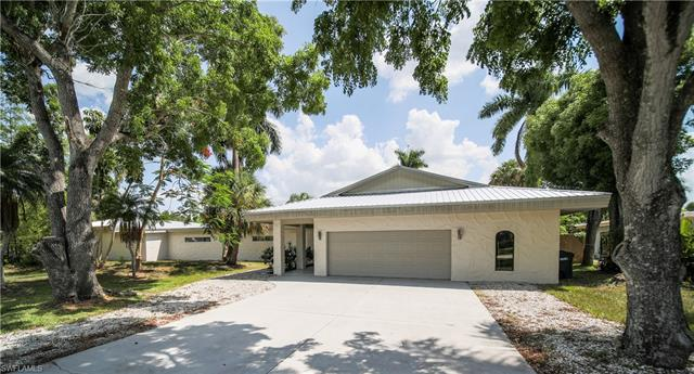892 Dean Way, Fort Myers, FL 33919