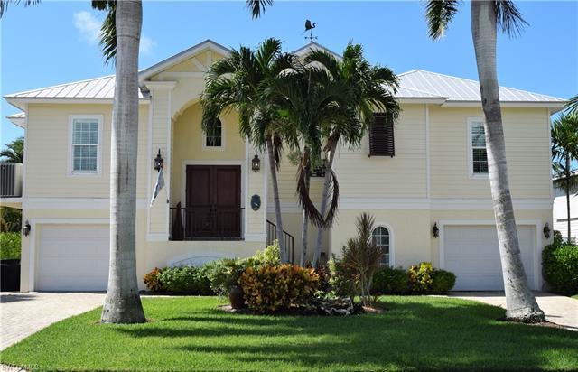 14 Avenida Carita, Fort Myers Beach, FL 33931