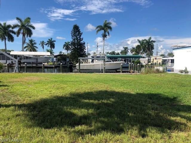 3950 George Sawyer Ln, St. James City, FL 33956