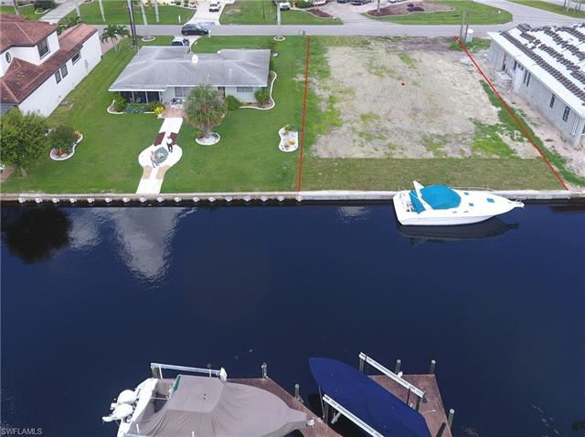 5305 Bayshore Ave, Cape Coral, FL 33904