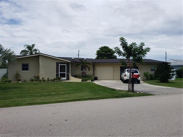 6738 Candlewood Dr, Fort Myers, FL 33919