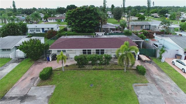 1116-1118 Wesley St W, Lehigh Acres, FL 33936