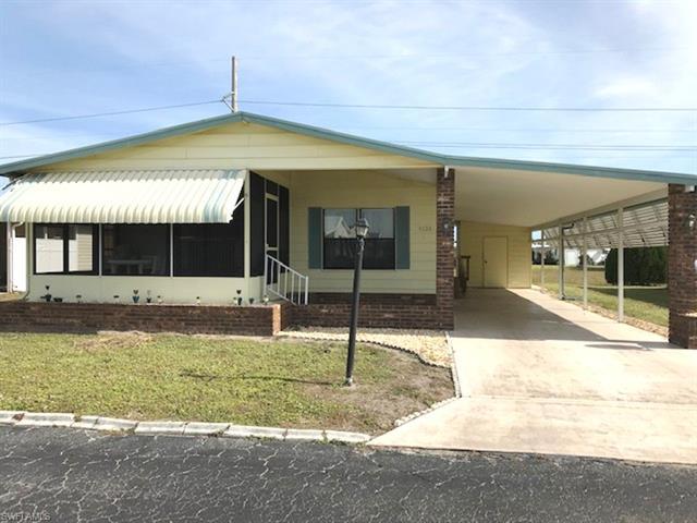 9126 Flamingo Cir, North Fort Myers, FL 33903