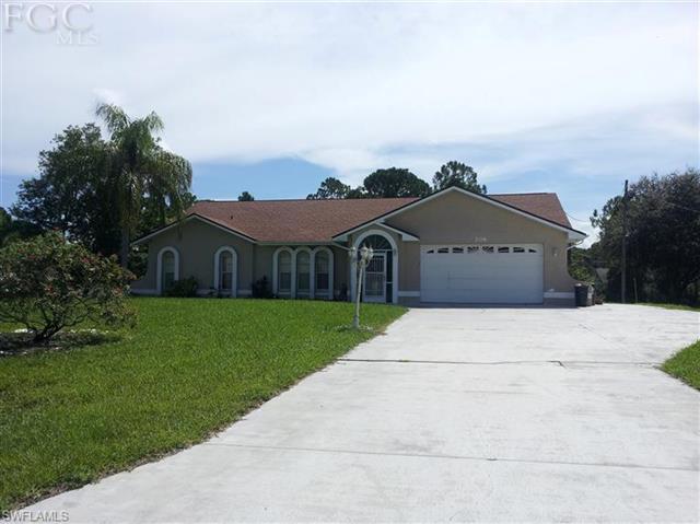 206 Mcarthur Ave, Lehigh Acres, FL 33936
