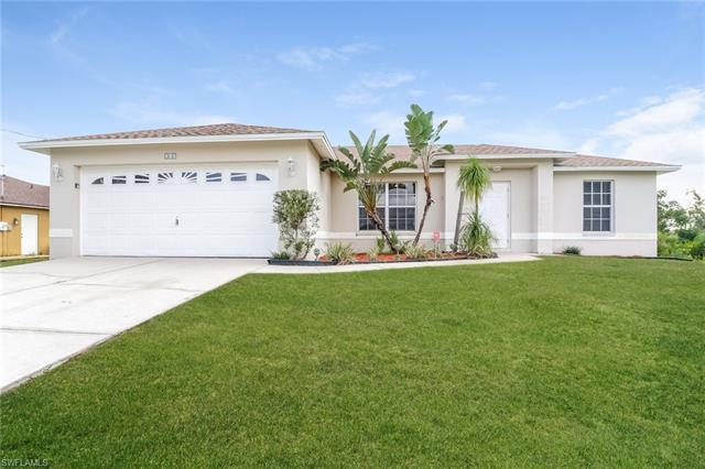 213 Rue Labonne Rd, Fort Myers, FL 33913