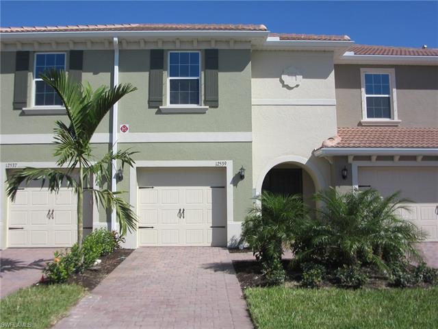 12539 Laurel Cove Dr, Fort Myers, FL 33913