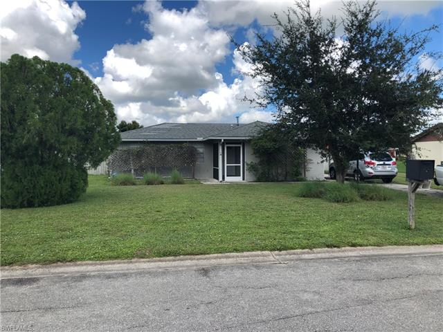 19 Burrstone Ave, Lehigh Acres, FL 33936