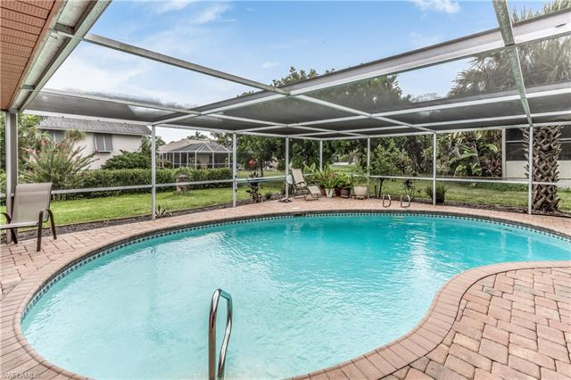 6013 Perthshire Ln, Fort Myers, FL 33908