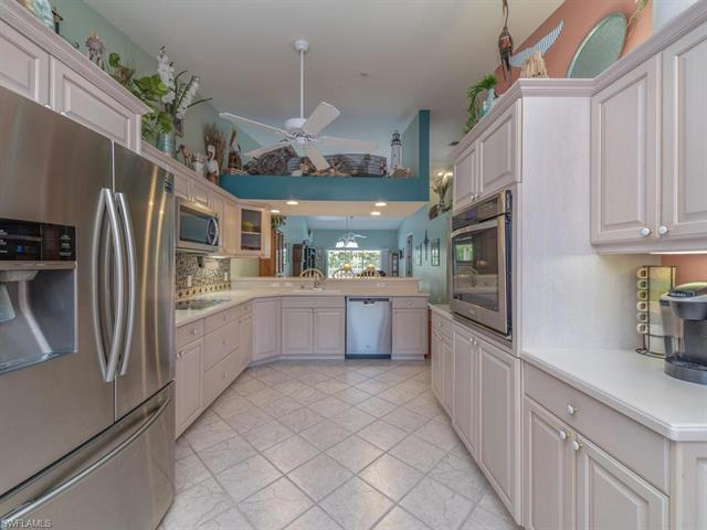 2375 Hidden Lake Dr 4404, Naples, FL 34112