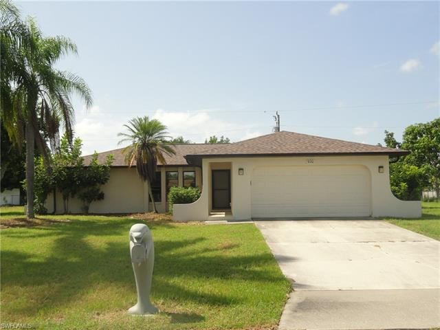 920 Se 17th Ter, Cape Coral, FL 33990