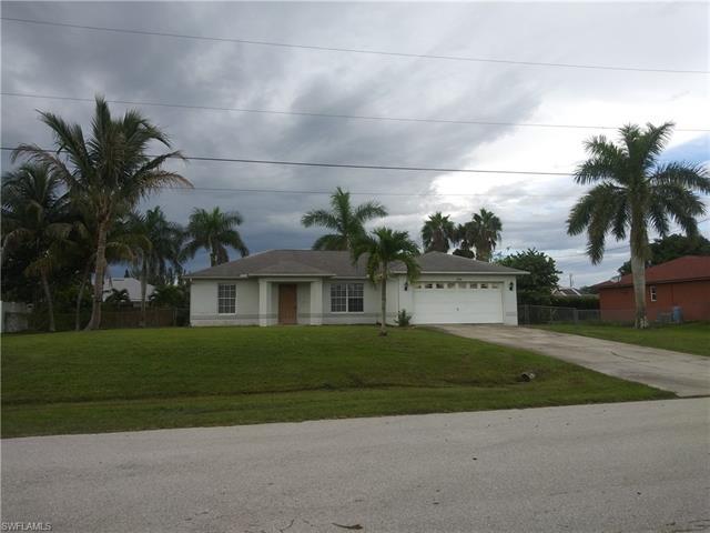 929 Sw 37th Ln, Cape Coral, FL 33914