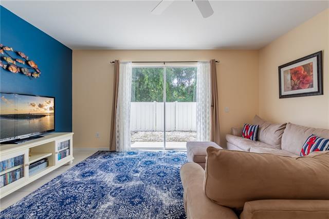 3624 Pine Oak Cir 105, Fort Myers, FL 33916