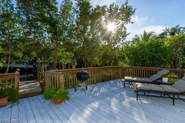 5256 Punta Caloosa Ct, Sanibel, FL 33957
