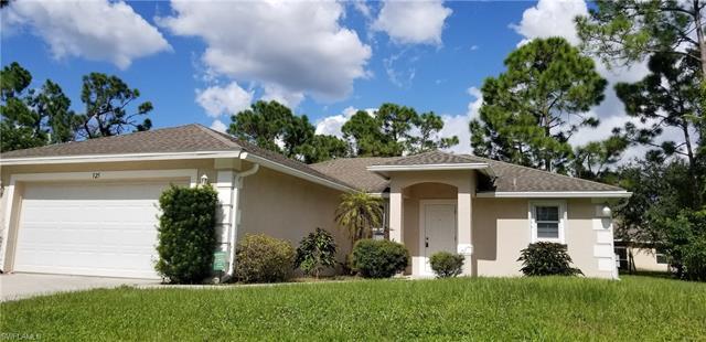 525 Cottonwood Ave S, Lehigh Acres, FL 33974