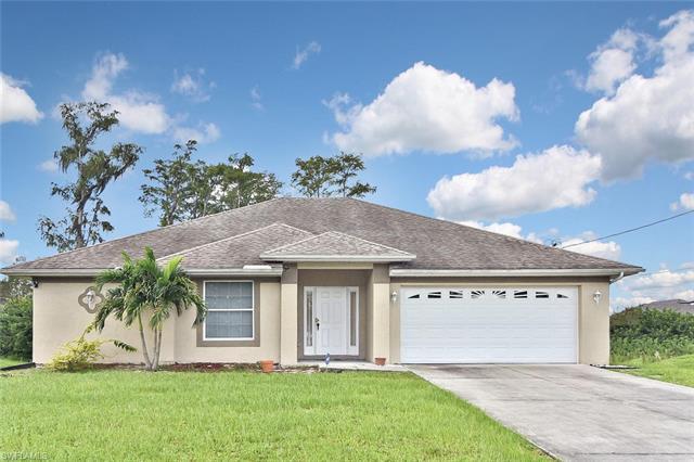 424 La Perouse St, Lehigh Acres, FL 33974