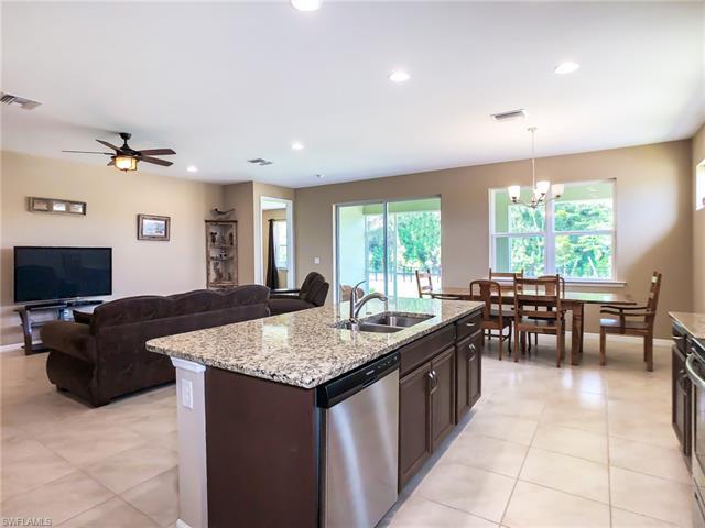 3144 Royal Gardens Ave, Fort Myers, FL 33916