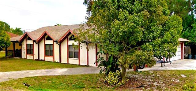 18501 Phlox Dr, Fort Myers, FL 33967