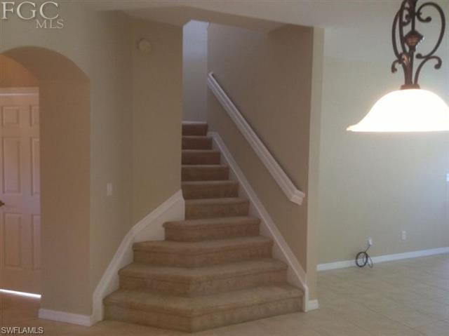 10038 Chiana Cir, Fort Myers, FL 33905