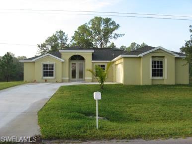 1323 Acacia Ave, Lehigh Acres, FL 33972