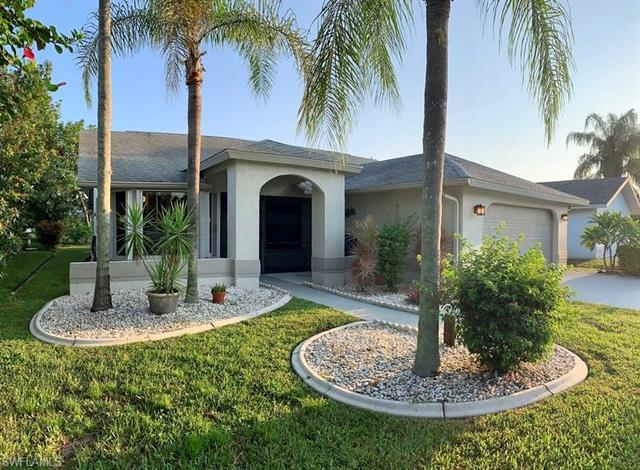 6611 Southwell Dr, Fort Myers, FL 33966