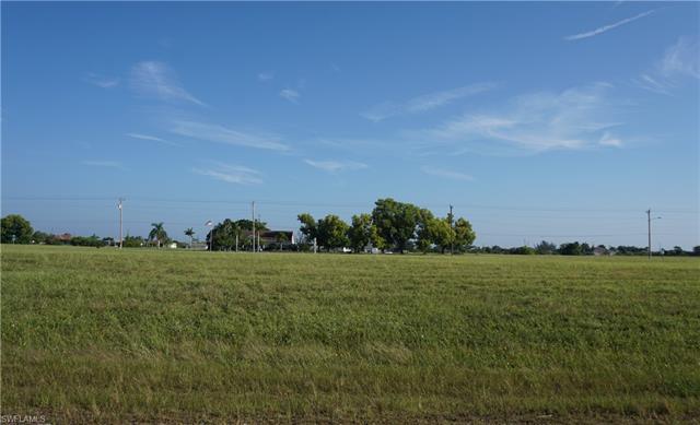 1815 Ne 15th Pl, Cape Coral, FL 33909