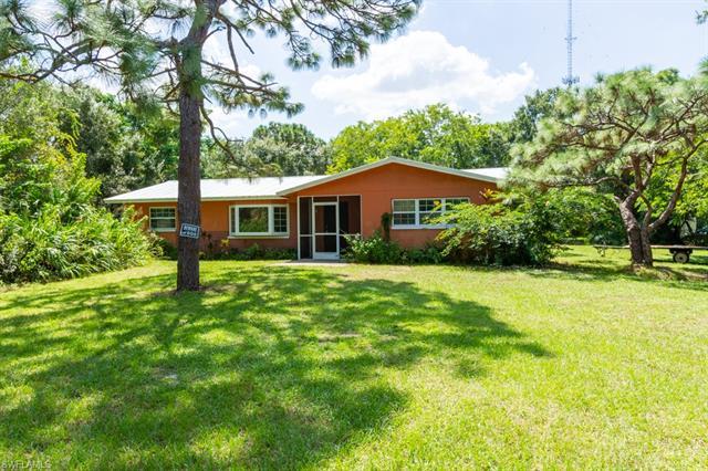 4401 Williams Rd, Estero, FL 33928