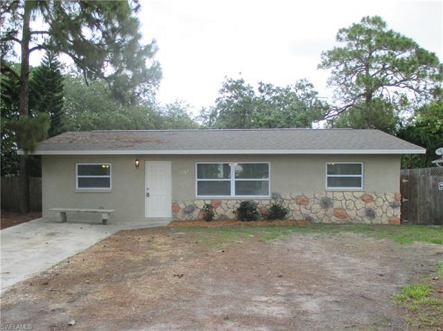 9026 Somerset Ln, Bonita Springs, FL 34135