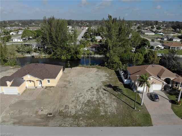 1129 Sw 27th St, Cape Coral, FL 33914