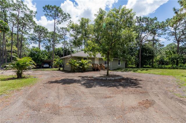 7759 Bogart Dr, North Fort Myers, FL 33917