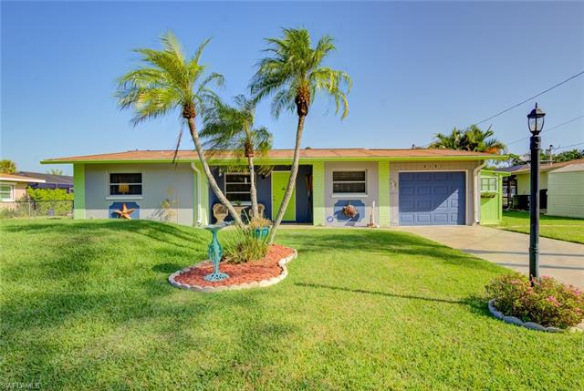 8181 Cleaves Rd, North Fort Myers, FL 33903