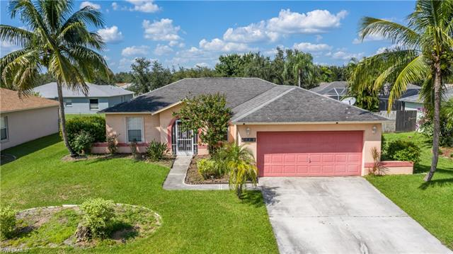 15613 Sunny Crest Ln, Fort Myers, FL 33905